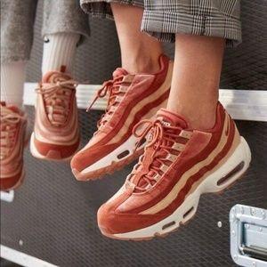 """Nike Air Max 95 LX """"Dusty Peach"""" Shoes Pea"""